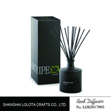 Luxury black glass bottles reed diffuser with rattan sicks