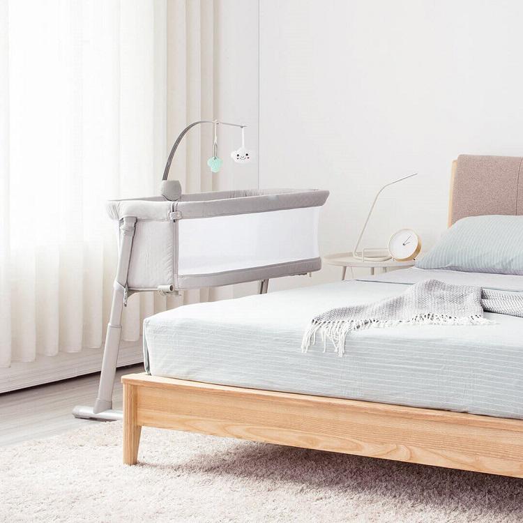 European Standard multi-purposes Adjustable Bedside Bassinet Baby