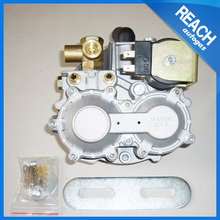 At04 reductor/regulador de gas con motor de combustible del automóvil/kits de gnc en <span class=keywords><strong>Italia</strong></span>