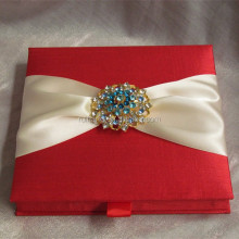 red luxuryrhinestone brooch for silk box wedding invitation with pocket