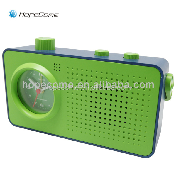 Analog am pm clock radio with alarm clock function