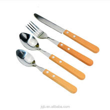 4pcs stainless steel high quality wooden handle flatware tableware set