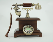 China Old Style New Design wooden telephone microtel for Home Decor