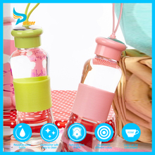 unbreakable glass 200ml drinking bottles with lids custom glass water bottle with silicone strap