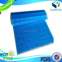 Ice substitute durable ice pack sheet for cooler and lunch boxes