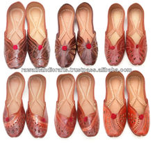 online wholesale shopping Fire Fly New Punjabi Juti Jutti Khussa Shoes Golden Beaded Designer Shoes Punjabi juti Khussa shoes