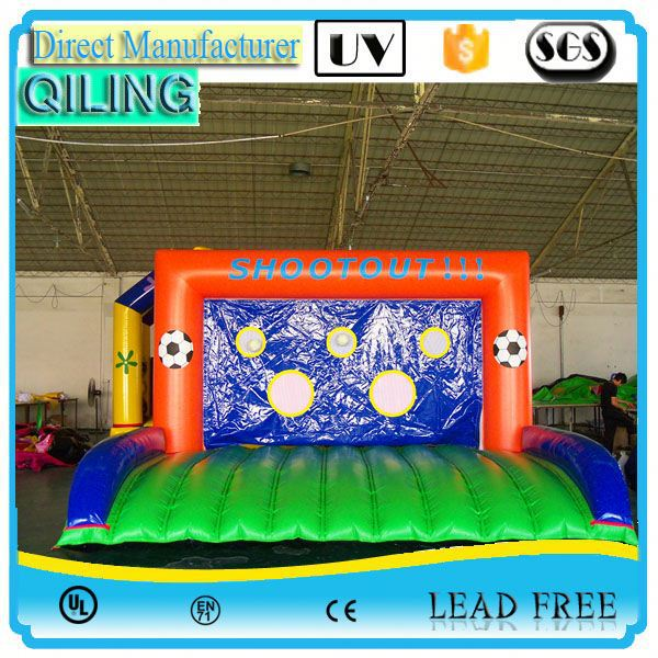 low price giant inflatabe football cage