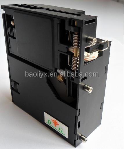 programmable coin acceptor for vending washing machine