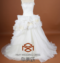 HMY-S200 Real Picture Customized Satin Tulle Layered Tiered Feathers Heavy Multicolor Strapless Neckline Wedding Gown 2017
