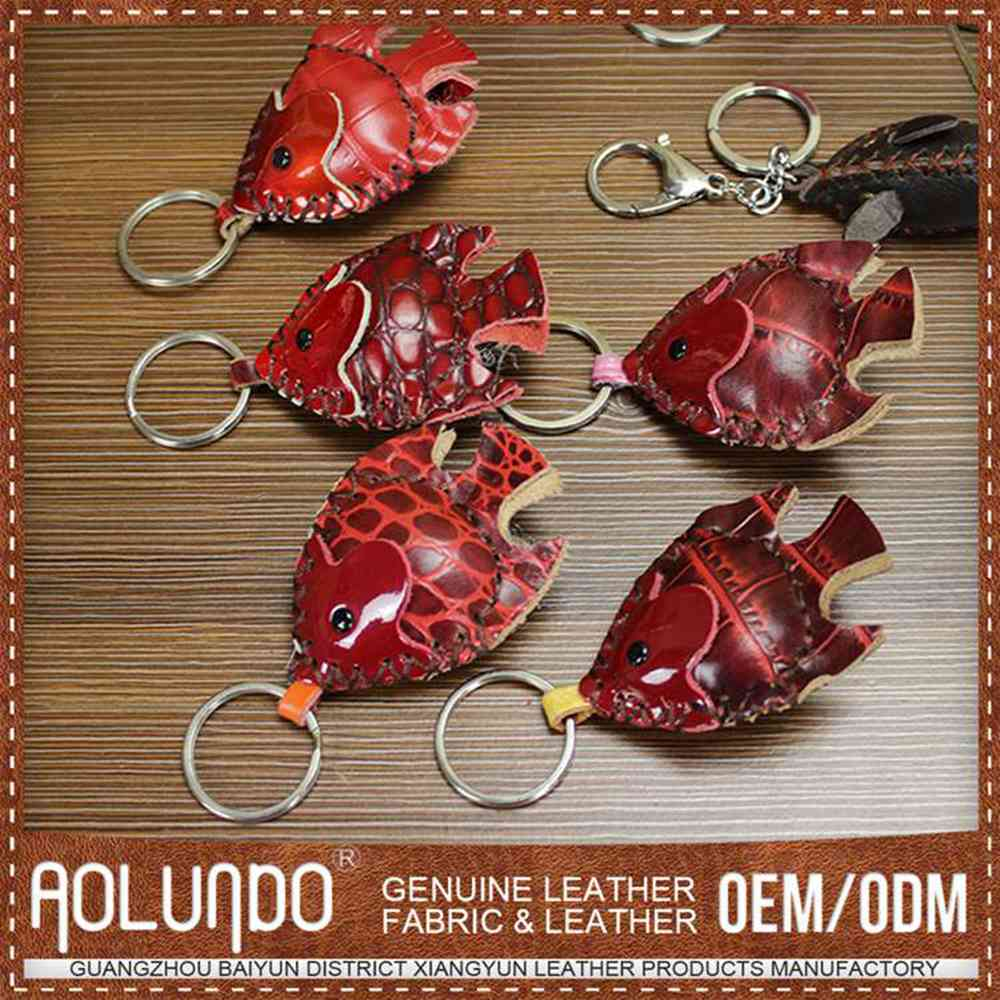 Credible quality cheap prices animal shape leather key chain wholesale from factory leather key chain