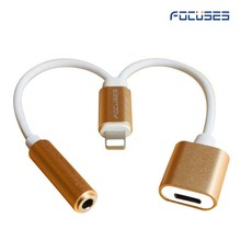 10.3 & bluetooth support! 8 pin 3.5mm Music & Charging Audio Adapter for iPhone 7 AUX 8pin Earphone Jack 3 in 1 Adapter Charger