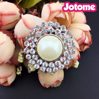 Wholesale Rhinestone Crystal Pearl Silver Plated Metal Base Rhinestone Buttons