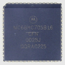 Quality Programmable IC Chip IC MCU 2.1MHZ 15K OTP 52-PLCC MC68HC705B16CFN.