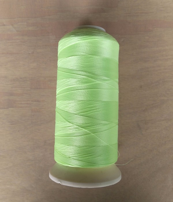 China supplier fluorescent green glow in the dark yarn for embroidery