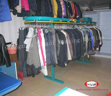 Automatic clothes conveyer machine for dry cleaning shop