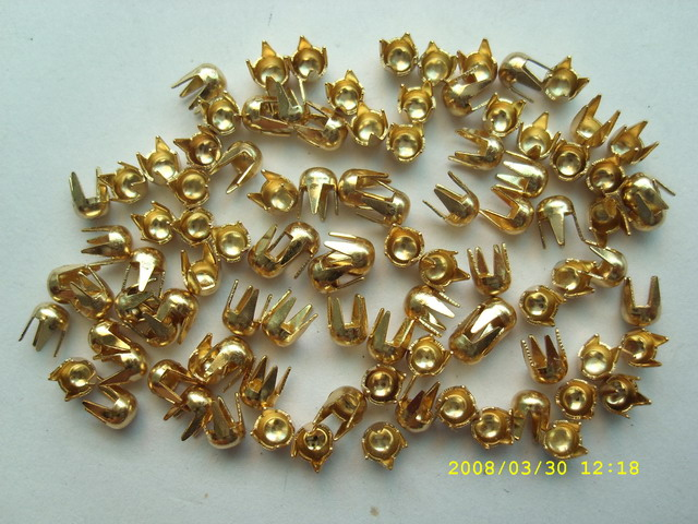 alibabab china new arrival metal material gold studs for clothing