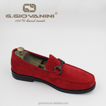 2018 high quality red suede buckle design classic Fashion USA best-selling mens shoes loafer casual