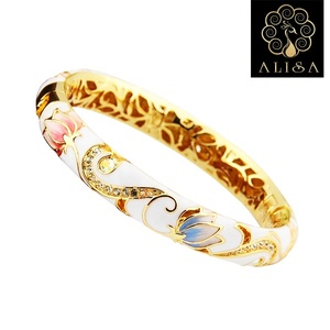 High Quality Luxury Jewelry Vintage Alloy Pearl Crystal Enameled Cloisonne Bangle Bracelet For Women
