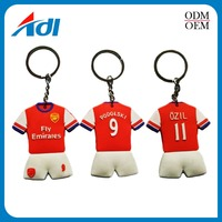 Custom logo key rings cheap fashion soft pvc keychain in China