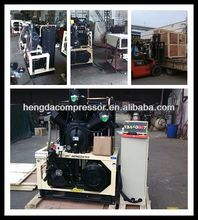 oil-lubricated belt driven 2-cylinder ac piston compressor with 70CFM 508PSI 30HP 2m3 35bar 22kw