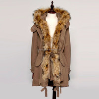 2016/2017 New Design Winter Fashion Raccoon Fur Collar Coat With Good Price