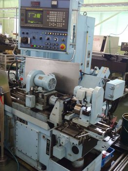 Deep hole drilling metal processing of great precision by Gundrill