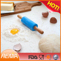RENJIA cake decorating rolling pin silicon rolling pin kids rolling pins