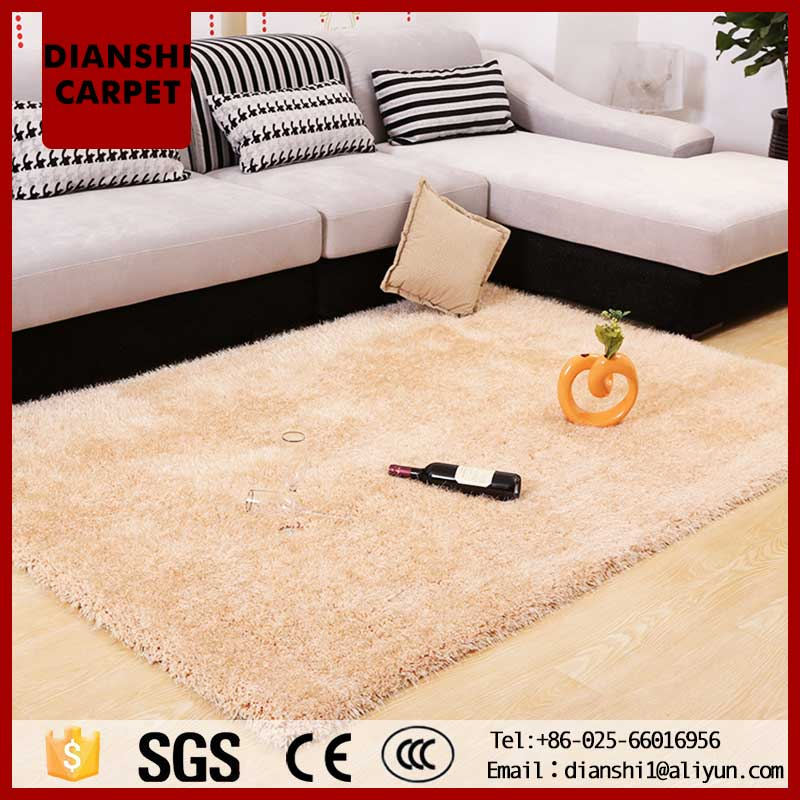 Tufted Modern Plain Polyester Carpet With CE SGS