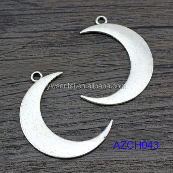 hot sell silver color plated zinc alloy moon love wholesale crescent moon charm