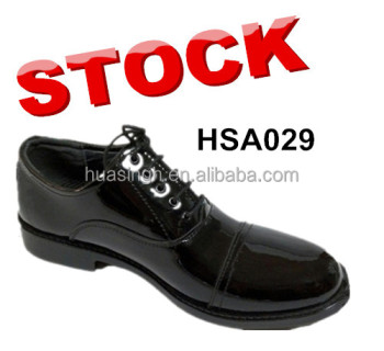 wrinkle resistant high gloss leather military police shoes for officer in stock