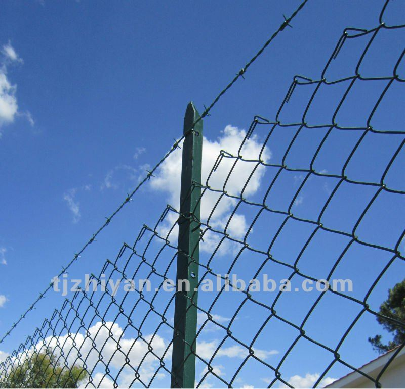 T Fence post/pillar for Chain link fence