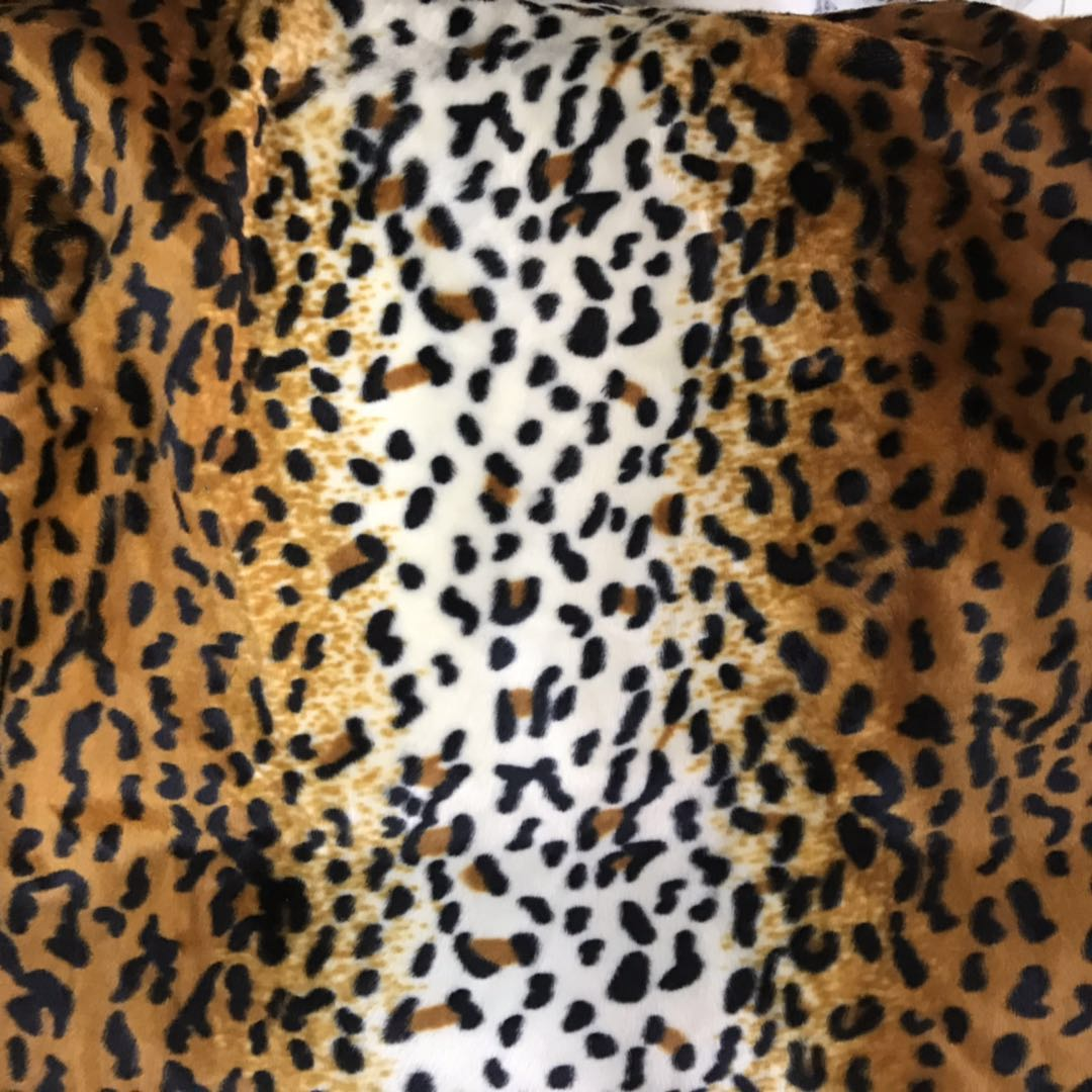 100%polyester knittedTiger  printed PV Plush Fabric