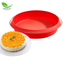 Round Silicone Cake Mold Baking Pan Set Cardboard Cake Circles by A Baker and Cook pans