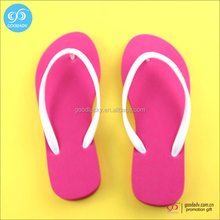 Guangzhou wholesale fashion outdoor flip flop slippers plastic sandals