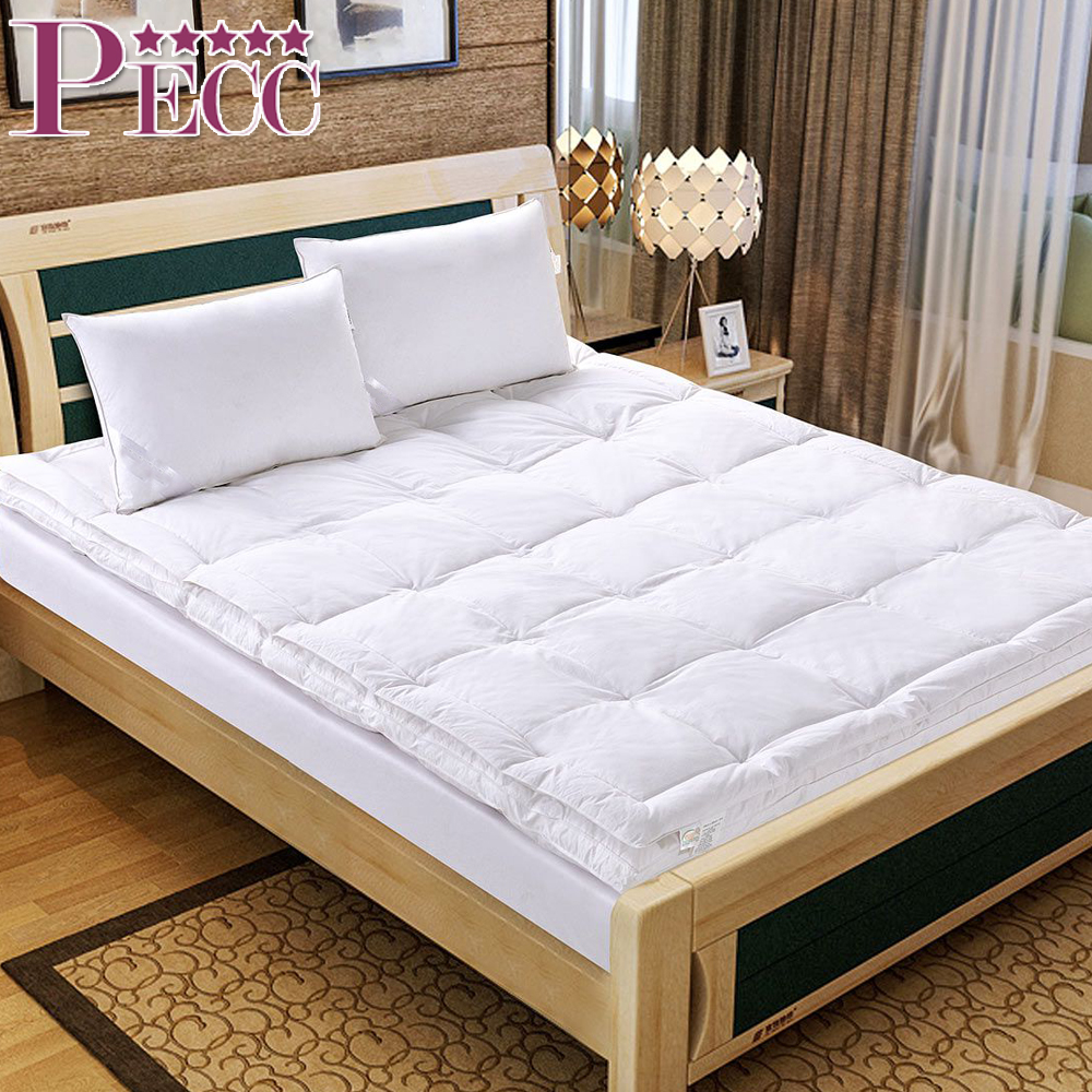 Single/Queen/King Wholesale Hotel White Warm and Light Mattress Topper