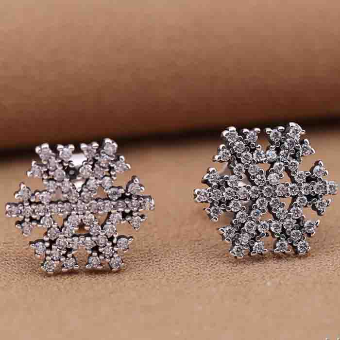 Top Quality small white gold stud earring from european Snowflake Earring Fit European Style