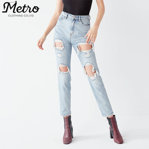 OEM women straight-leg ripped denim light faded blue jeans