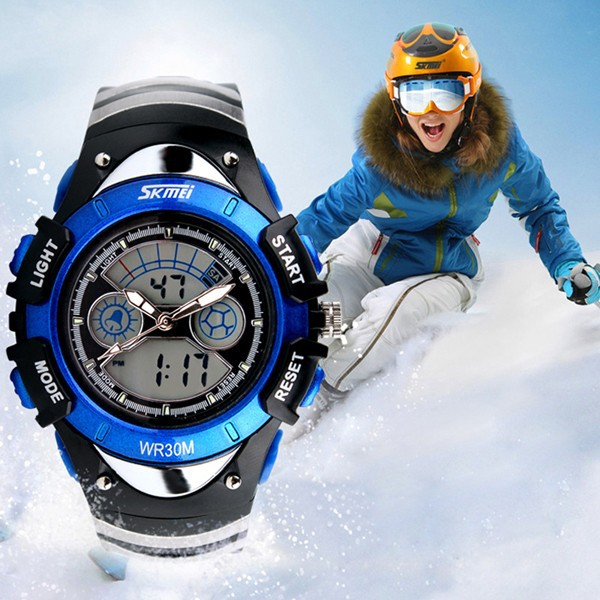 Plastic kids sport watch in factory price