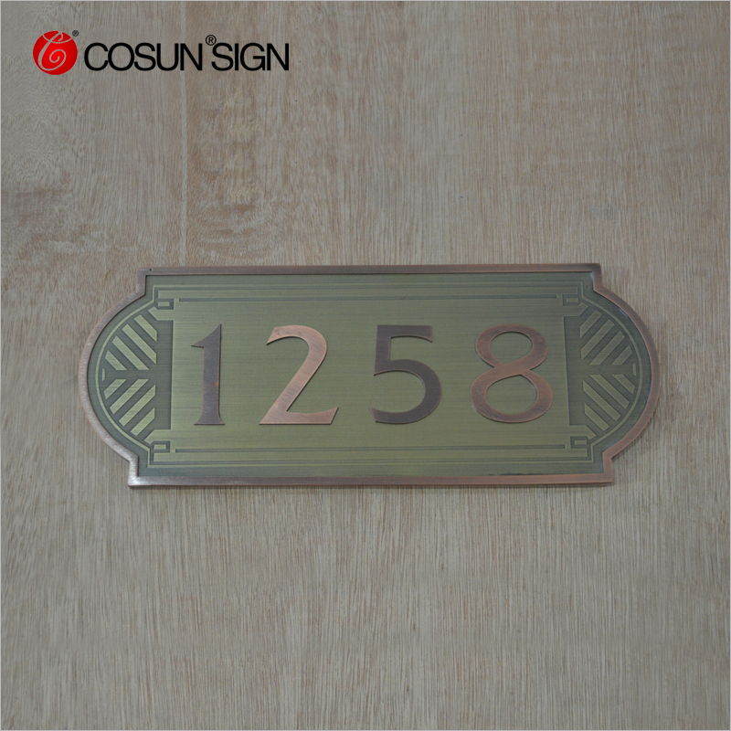 Customized acrylic door sign for hotel
