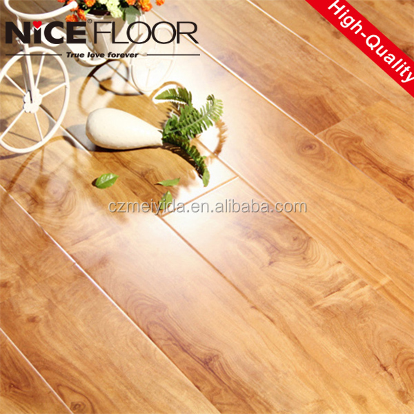 Changzhou German technology 7 8 10 12mm waterproof wood grain laminated wooden flooring made in China