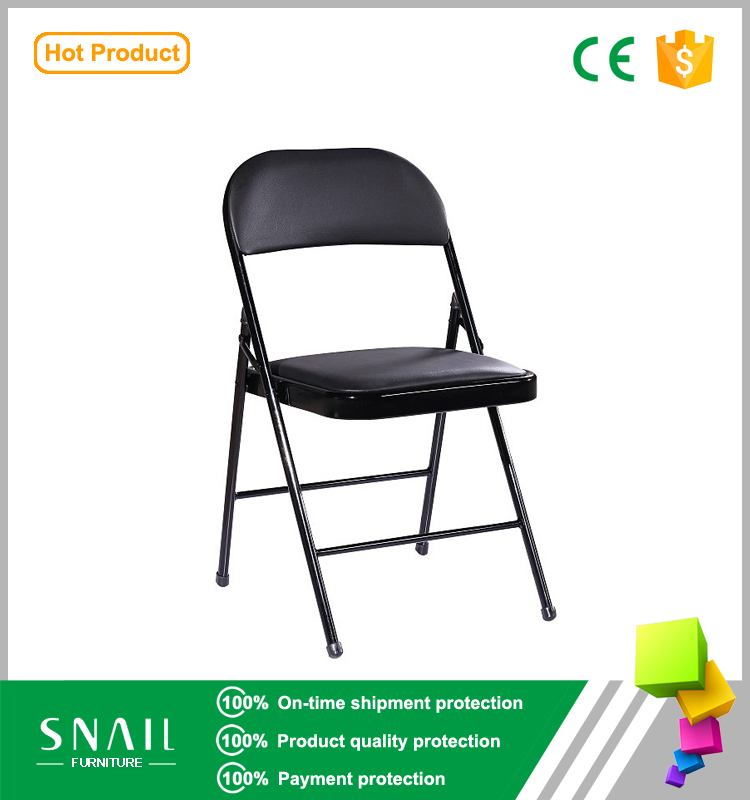 Padded Black vinyl upholstered aluminium folding chair/metal folding easy chair