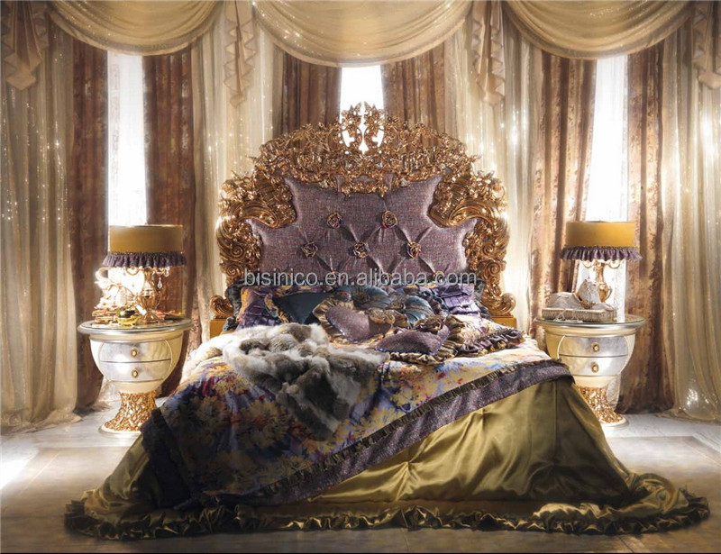 World Treasure Italian Antique Fashional Bedroom Furniture/Ornate Elegant Floral Design Carved Wooden and Brass Bedroom King Bed