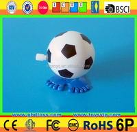 Wind up plastic small football player toy, football toy for favor, clockwork toy~~