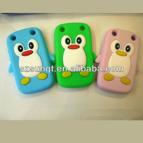 Hot cute penguin silicone case for blackberry 9320