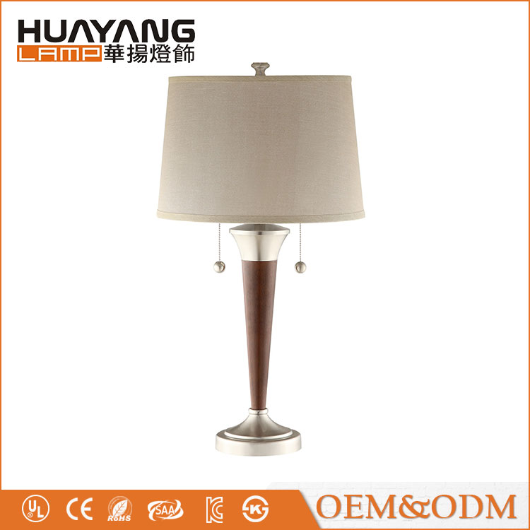 2017 new design Mid century decorative fabric lampshade bedside modern wood table lamp
