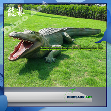 Outdoor remote control animal life size walking animatronics garden decoration crocodile for sale