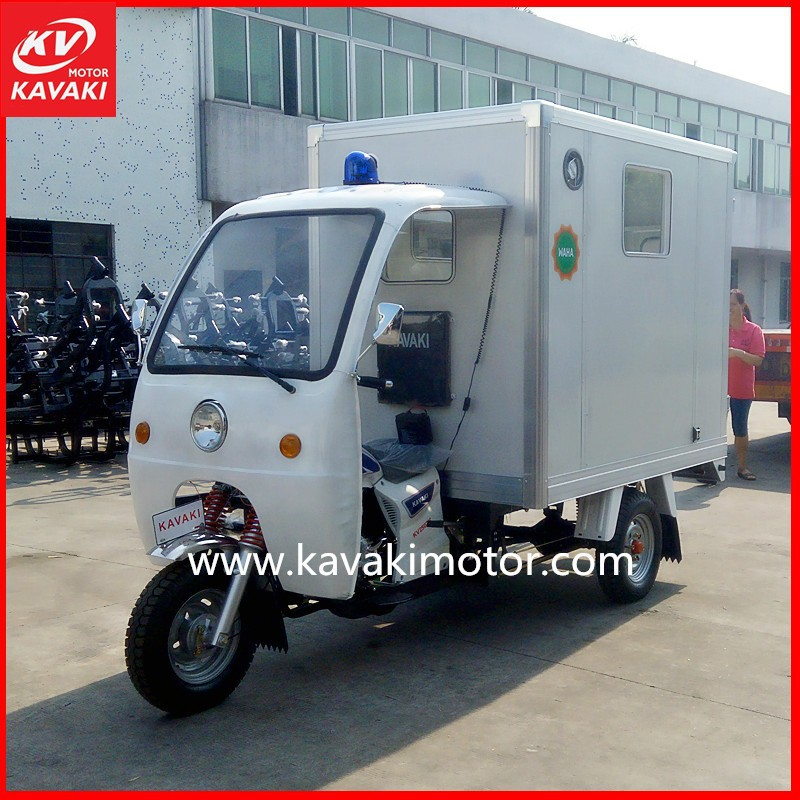 KV150ZH-A Closed Rear Box Goods Carrying Semi Cabin / Motocarro Tricar With Cargo Box Tricycle Motorcycle