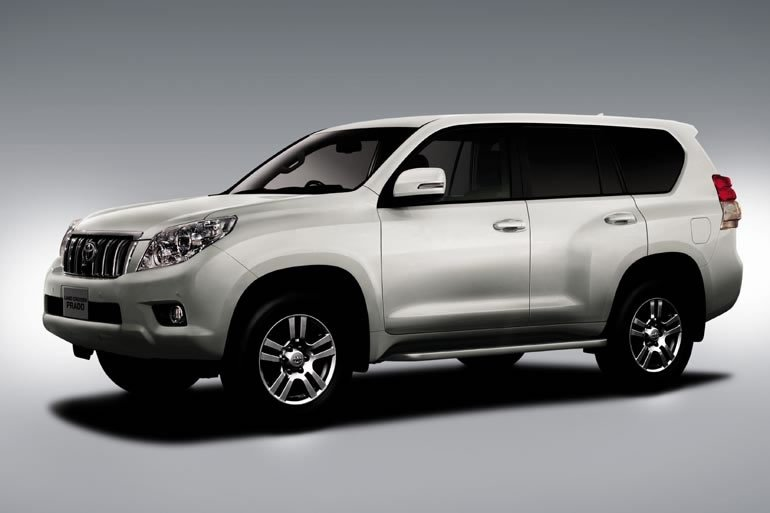 Toyota Prado 3.0L Diesel 2011 manual transmission/power option