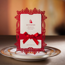 Luxury Red lance paper pocket design CW062 hollow Wedding Invitation Cards With Laser Cut cover,wedding invatations with ribbon