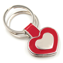 Custom zinc alloy die-casting heart shaped keychains wholesale